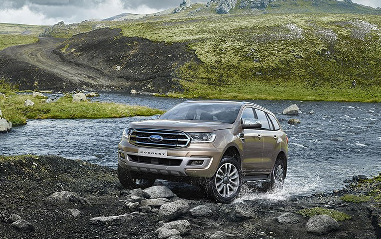 ford-everest-ambiente-2-0l-4x2-at-1