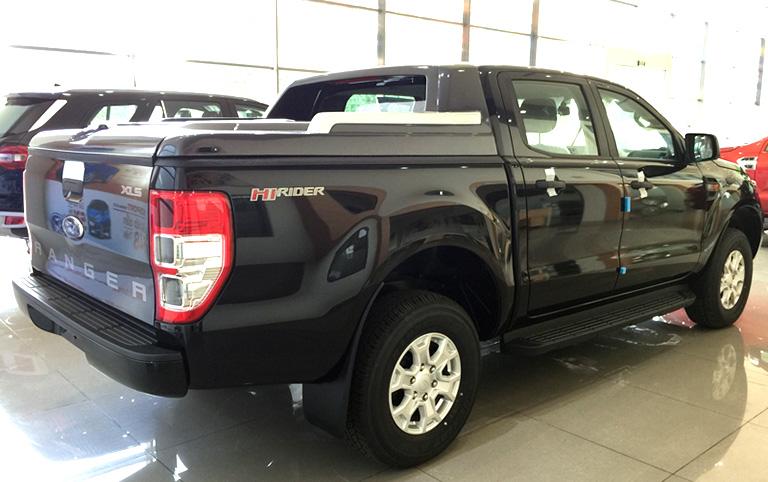 ford-new-ranger-xls-2-2l-4x2-at-4
