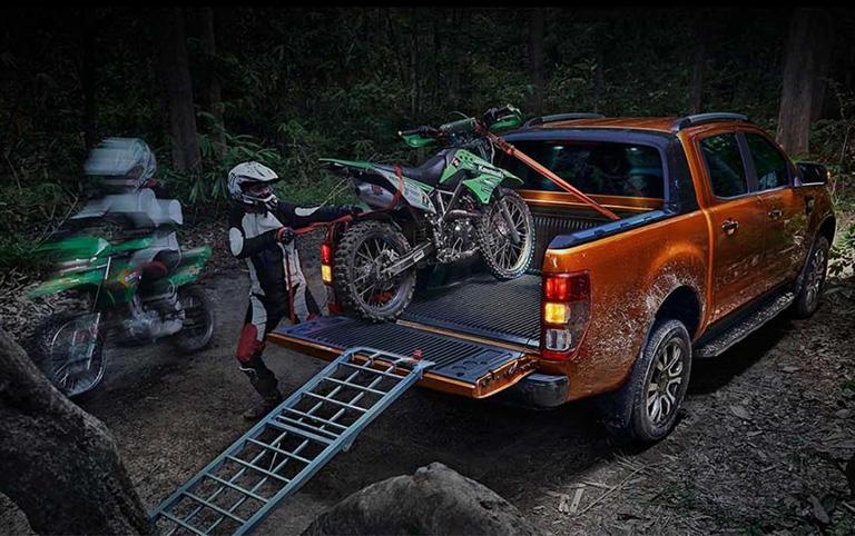 ford-new-ranger-xls-2-2l-4x2-mt-1