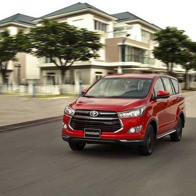 Toyota Innova Venturer 2019