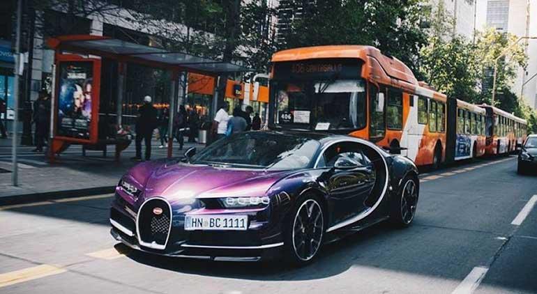 Ngắm mẫu Bugatti Chiron màu tím, biển tứ quý