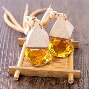 Tinh dầu cam ngọt treo ô tô Gold 10ml